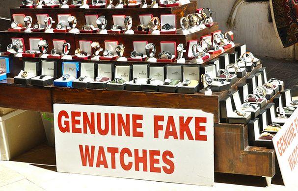 http_%2F%2Fshop-dong-ho.com%2Fwp-content%2Fuploads%2F2016%2F06%2F2-co-the-tin-tuong-mua-tu-shop-ban-dong-ho-gia-re.jpg